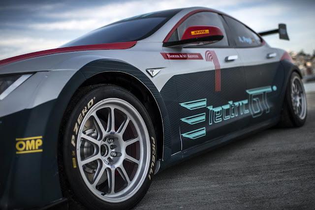 mobil balap listrik yang turun di EGT ajang balap mobil listrik 2017