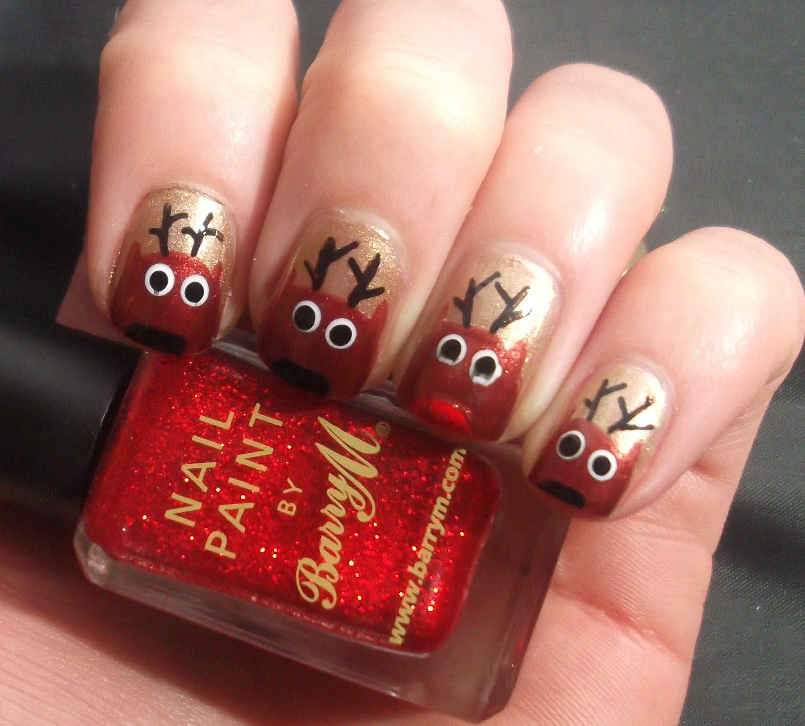 Reindeer Nail Art: Lou Is Perfectly Polished: Christmas Nails: Reindeer