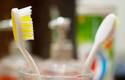 فرشاة-الأسنان