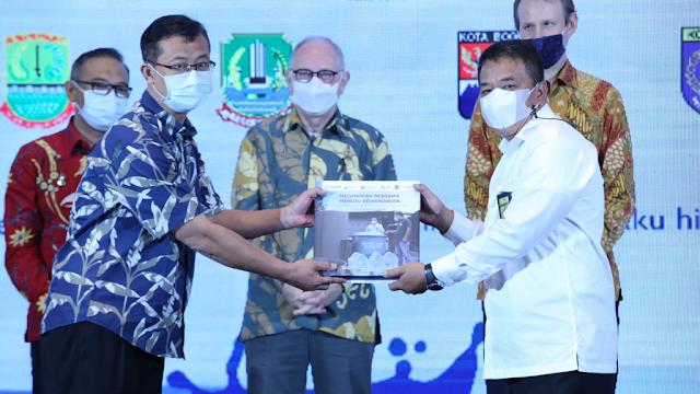 Kolaborasi Jawa Barat - USAID untuk Meningkatkan Akses Air Minum dan Sanitasi
