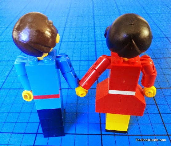 LEGO Maximodels figures people holding hands
