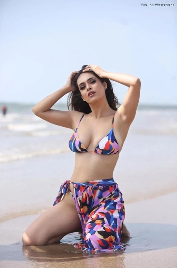 Neha Malik shows her sexy body in tiny string bikini