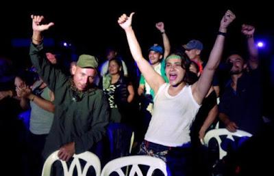 Colombia: 581 guerrilleros y 72 militares fueron amnistiados y están ya en libertad