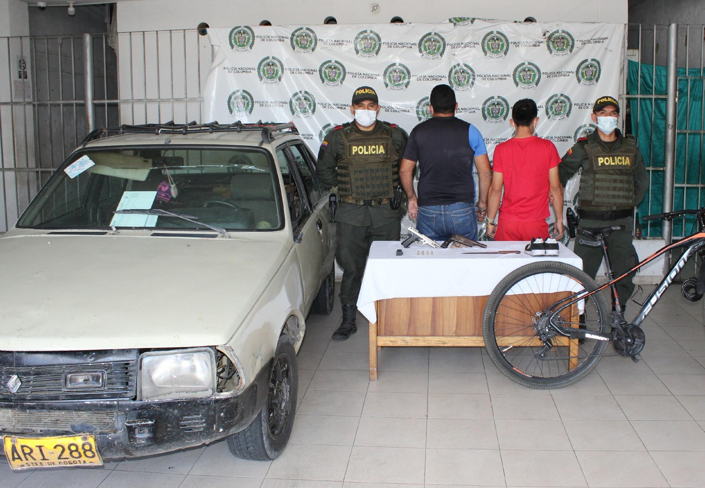 hoyennoticia.com, Entre cuatro atracaron a un ciclista en la vía Badillo-Valledupar