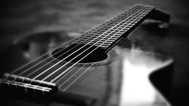 Tanda Akhir Zaman: Penyanyi Wanita, Alat-Alat Musik dan Perubahan Fisik Manusia
