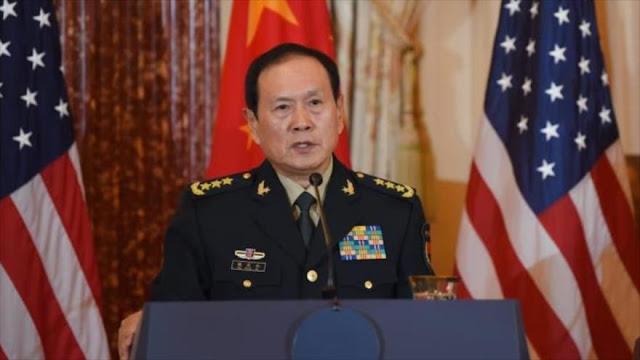 China a EEUU: Eviten movimientos peligrosos en el mar Meridional