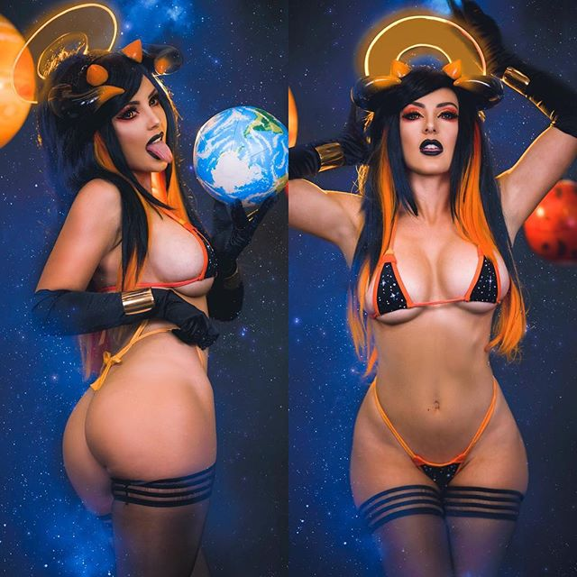 Jessica Nigri Hot & Sexy Cosplay Girls of Fantasy