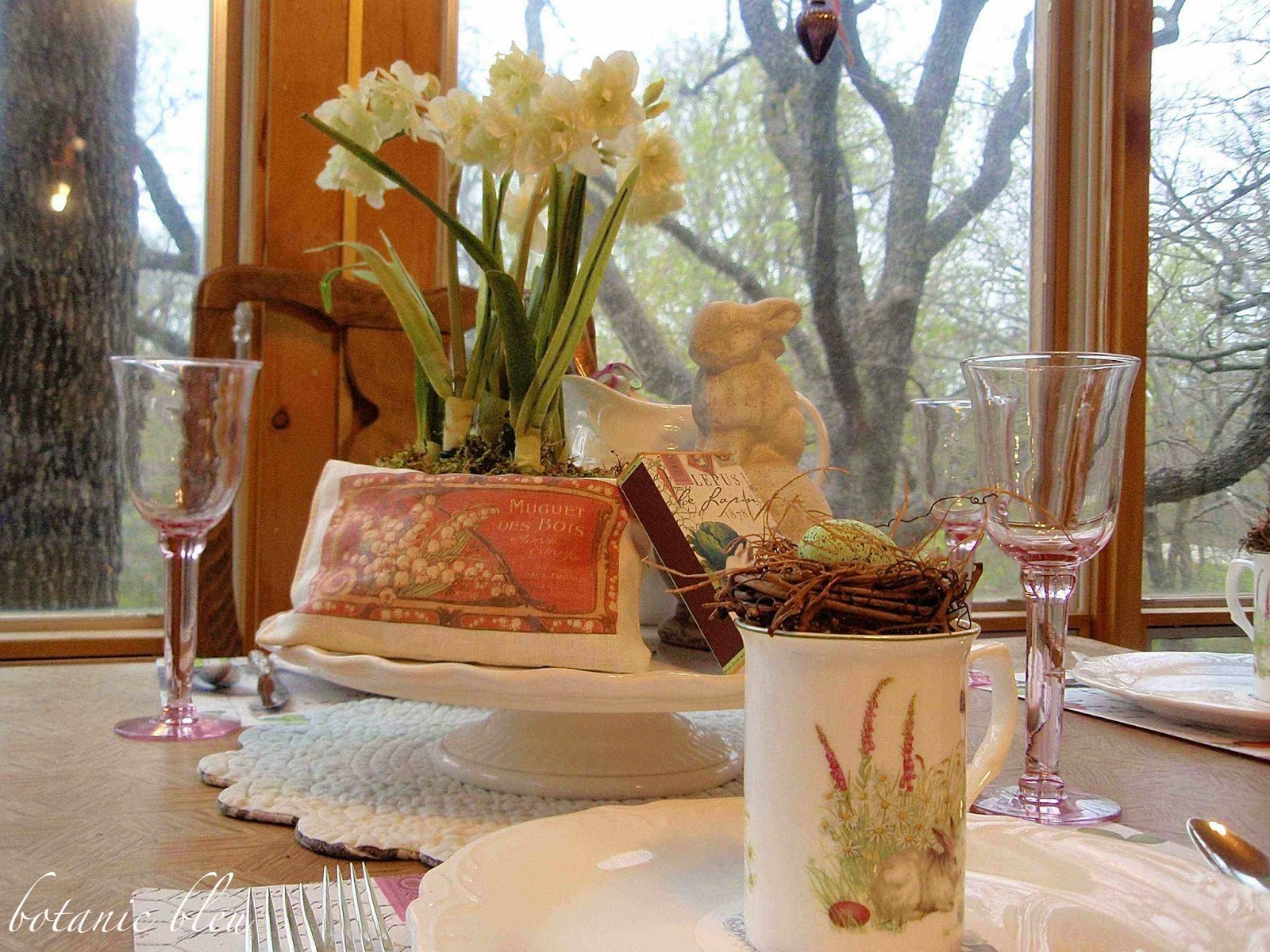 french lapin bunny spring table setting