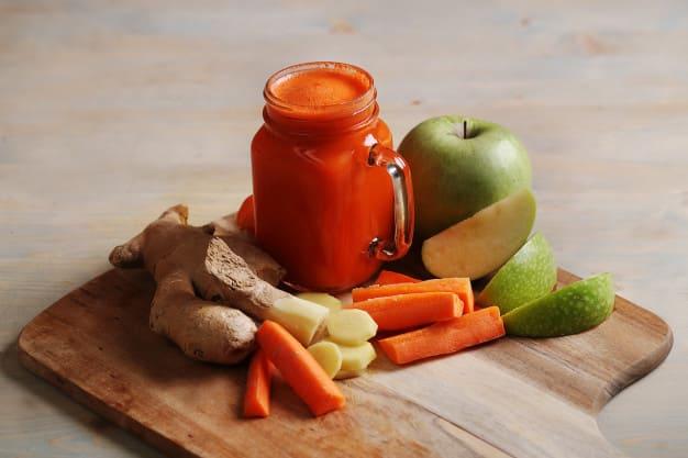 Benefits of carrot, apple and lemon juice