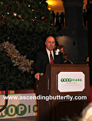 Tropicana Atlantic City Casino 2015 Holiday Tree Lighting Tropicana General Manager, Steve Callender