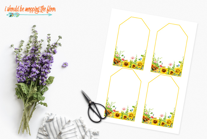 Free printable Sunflower Hanging Gift Tags