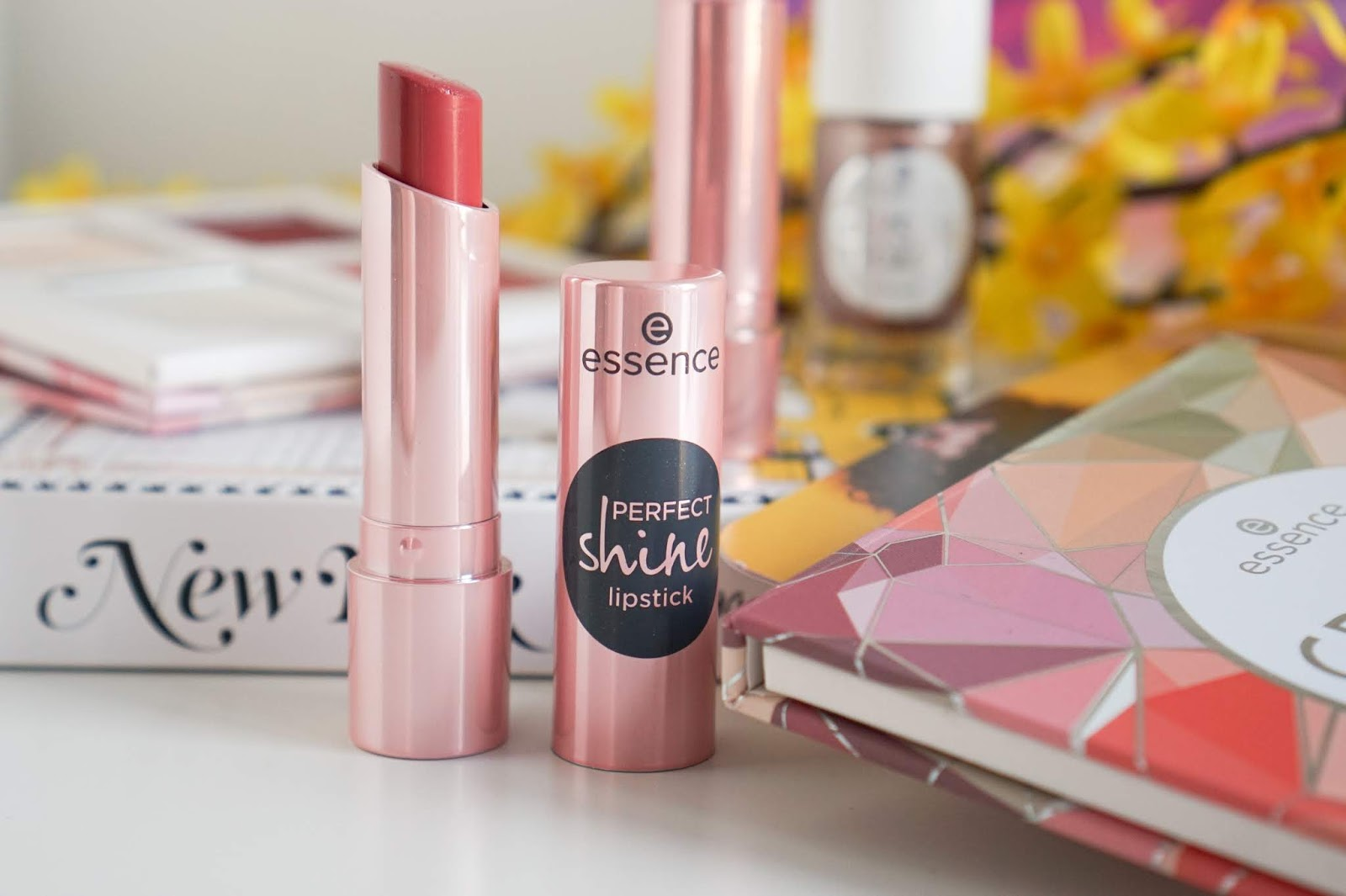 Essence_Perfect_Shine_Lipstick