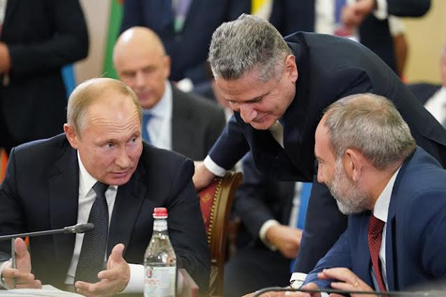 Putin otorgó a Tigran Sargsyan la Orden de la Amistad