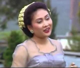 Nining Meida | Legenda Seniman Sunda