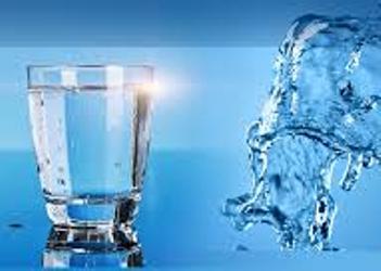 mengobati dengan air yang didoakan