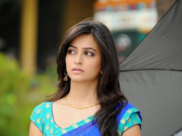 Free Kriti Kharbanda HD wallpapers Images Backgrounds