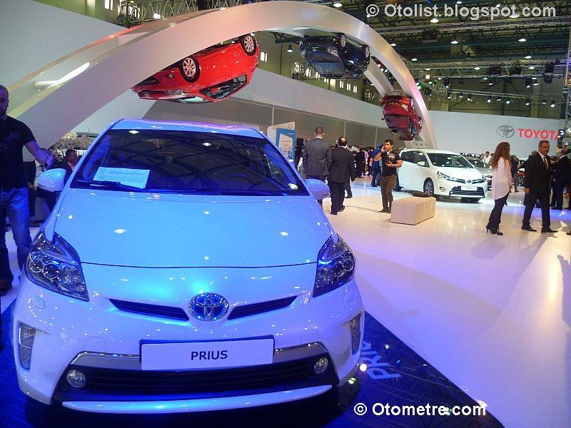 Dünyanın en çevreci otomobillerinden Toyota Hibrit