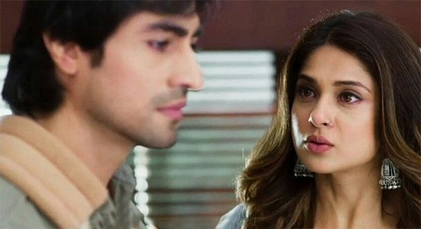 Shocking Twist : Aditya turns furious again in Bepannaah
