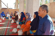 Anggota DPRD Kota Ambon Asal PKS Ini, Bagi-Bagi Sembako Jelang Iduladha
