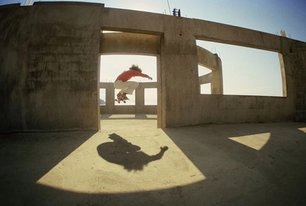 """La Bufadora, Todd Foot"" - foto por Hugh Holland - Ensenada, 1977 
