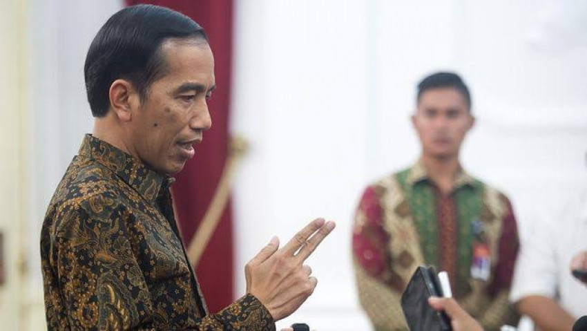 Jokowi Minta Demokrasi Ditingkatkan Jelang Pilkada, Tapi Upaya Pembungkaman Suara Masih Terjadi