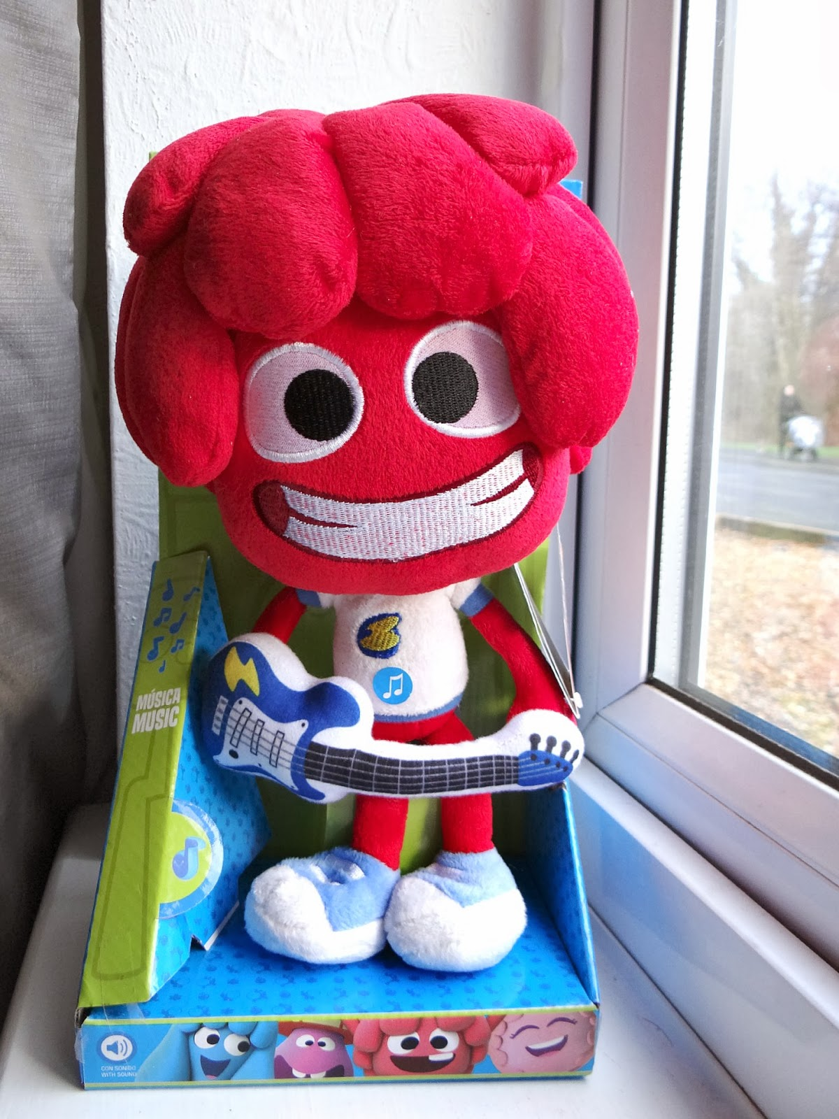 Jelly Jamm UK. Jelly Jamm toys, musical Bello