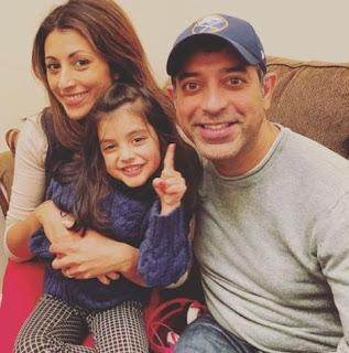 Ariya Eliana Katdare with her parents