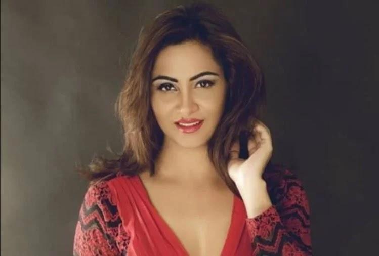 अर्शी खान