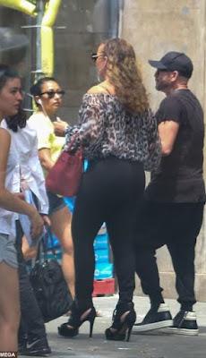 mariah-carey-in-tight-jeans-porn-girl-madhuri-dixit