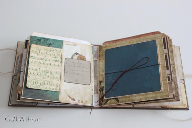 scrapbook-mini-album