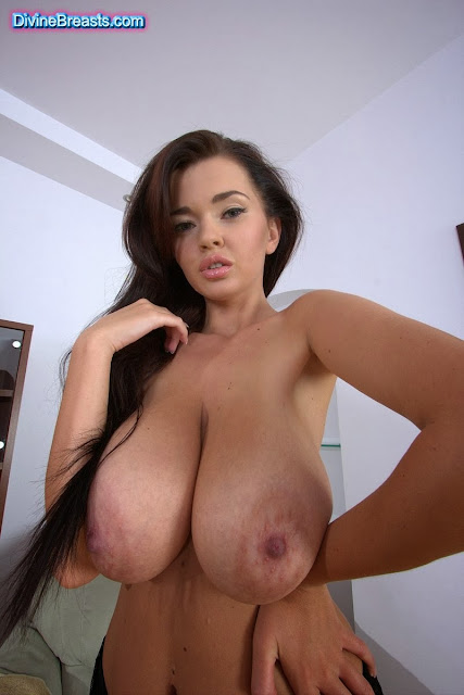 White big butt naked gifs