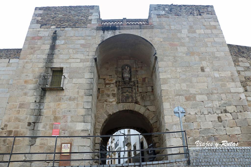Puerta de la Guía, Coria