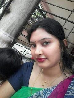 indian aunty beautiful photo Navel Queens