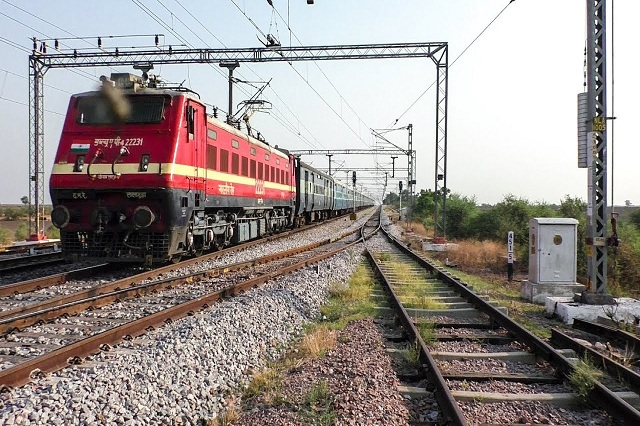 Indian Railway - Odisha Plan to Run Luxury Train Soon