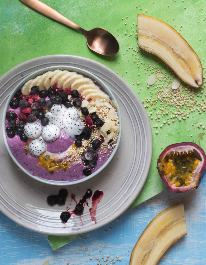 Blaubeer-Smoothie-Bowl