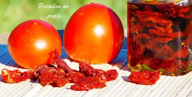 Como fazer tomate seco em casa