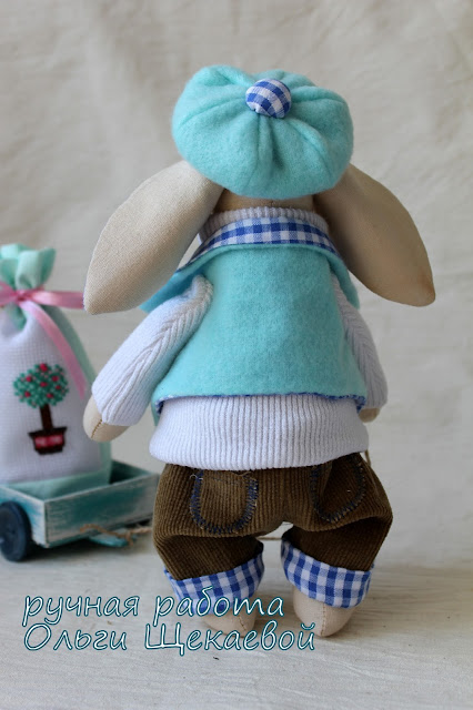 зайчик, игрушка ручной работы, топиарий, вышивка крестиком