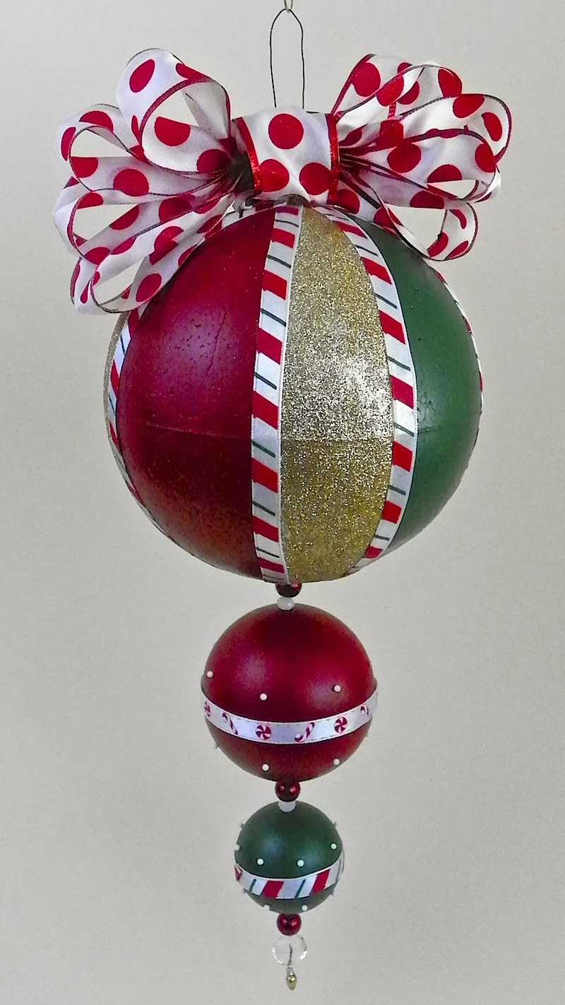 Lisa Liza Lou: Giant Christmas ornament with Americana ...