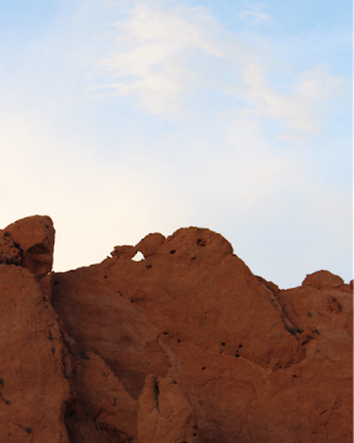 kissing camels at garden of the gods
