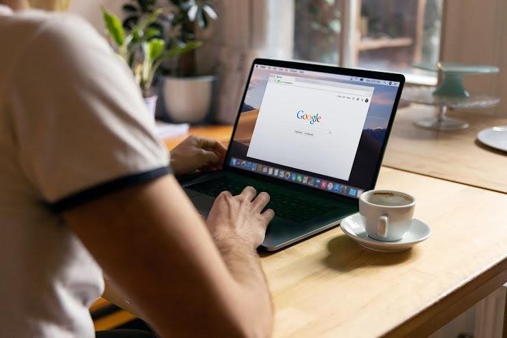 Cómo hacer investigación de palabras clave con Google Ads