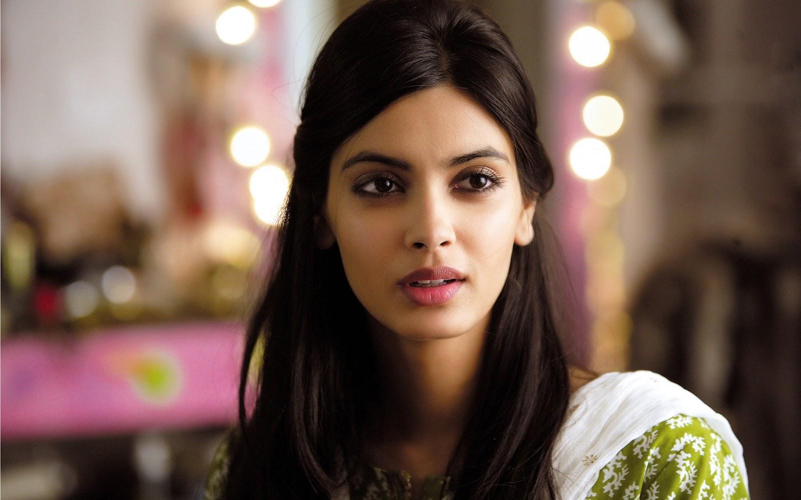 Bollywood Actress Hd Desktop Wallpaper: Diana Penty New Bollywood Actress Hd Desktop Wallpaper