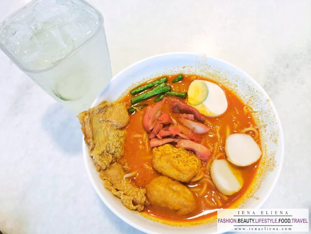 OLDTOWN Curry Mee + Lime juice