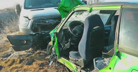 Kisteherautóval ütközött egy autó Makónál