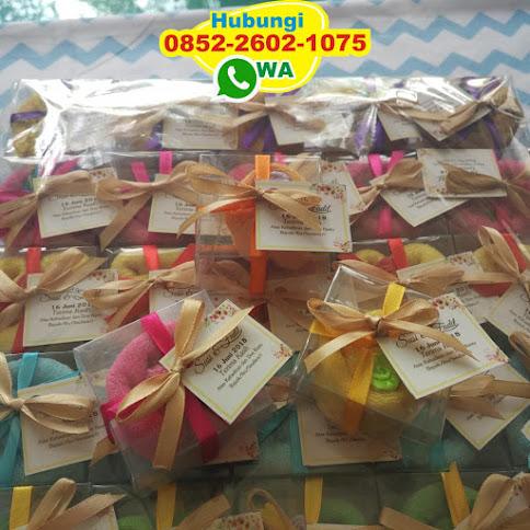 souvenir towel cake di jogja 54474