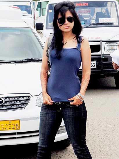 Sakhi Dhoni - Cricketer Mahendra Singh Dhoni's Wife