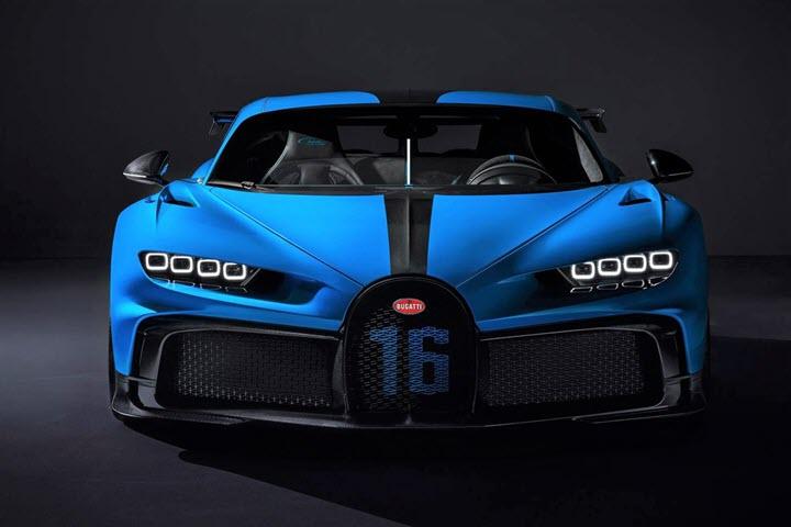 Siêu xe hàng độc Bugatti Chiron Pur Sport đầu tiên ra biển số
