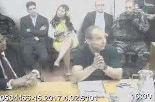 http://vnoticia.com.br/noticia/2263-cabral-dava-mesadas-para-os-pais-e-a-ex-mulher-por-meio-de-empreiteira-diz-delator