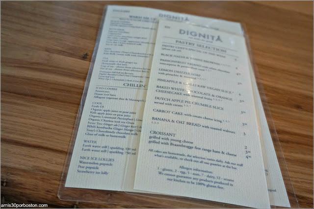 Carta de la Cafetería Dignita Hoftuin en Amsterdam