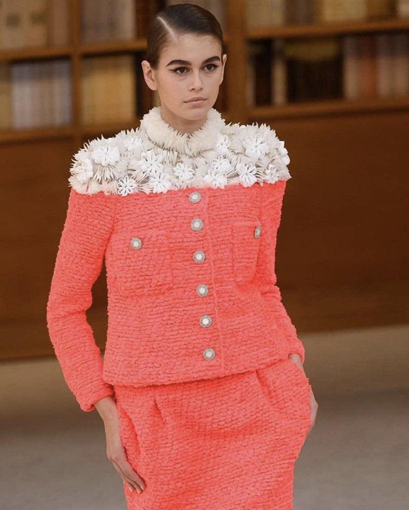 Kaia Gerber walking at the Chanel F/W 19/20 Haute Couture show
