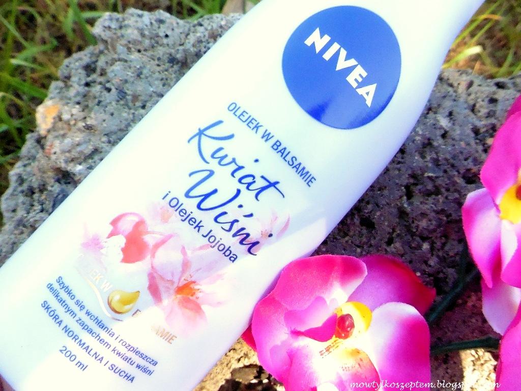 nivea-olejek-w-balsamie-kwiat-wisni